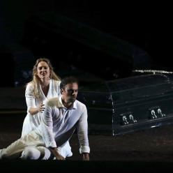 Vannina Santoni et Julien Behr - La Flûte enchantée par Robert Carsen