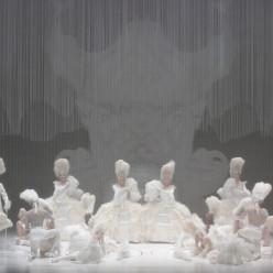 Tuomas Katajala, Aleksandra Olczyk, Sheva Tehoval, Ambroisine Bré, Caroline Meng - La Flûte enchantée par Romeo Castellucci