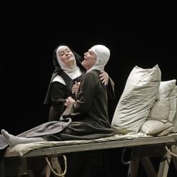 Karin Cargill & Karita Mattila - Dialogues des Carmélites par John Dexter