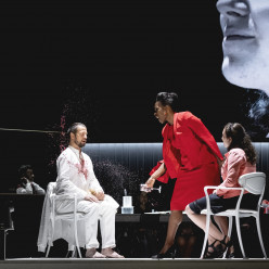 Nikolay Borchev, Michael Nagl, Jeanine de Bique dans Don Giovanni