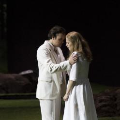 Camilla Tilling et Julien Behr dans la Flûte enchantée