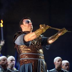 Irakli Kakhidze - Aida par Jean-Christophe Mast