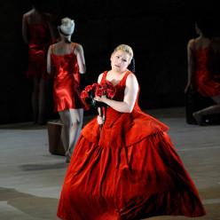 Karine Deshayes - Don Giovanni par Davide Livermore
