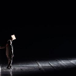 Les Contes d'Hoffmann par Robert Carsen