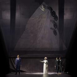 Varduhi Abrahamyan & Mélissa Petit - Orphée et Eurydice par Aurélien Bory