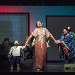 Hui He & Elizabeth DeShong - Madame Butterfly par Anthony Minghella