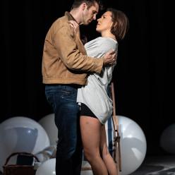 Ed Lyon & Mary Bevan - Orphée aux Enfers par Emma Rice