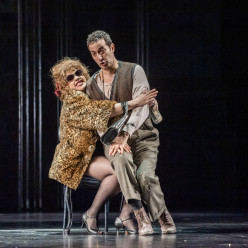 Yaritza Veliz & Vito Priante - La Flûte enchantée par David McVicar