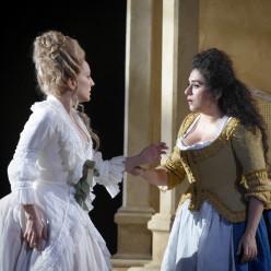 Vannina Santoni & Anna Aglatova - Les Noces de Figaro par James Gray