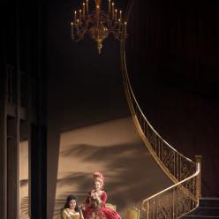 Anna Aglatova & Vannina Santoni - Les Noces de Figaro par James Gray