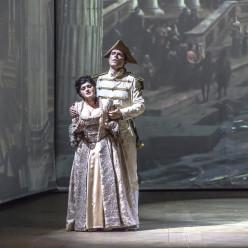 Anna Kasyan & Roberto Lorenzi - Cosi fan tutte par Daniel Benoin