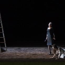 Sabine Devieilhe & Julie Fuchs - La Flûte enchantée par Robert Carsen