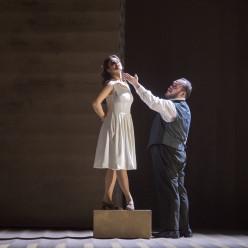 Olga Peretyatko (Gilda), Quinn Kelsey (Rigoletto)