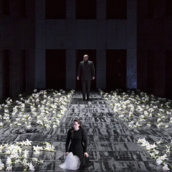 Milling et van den Heever dans Don Carlo