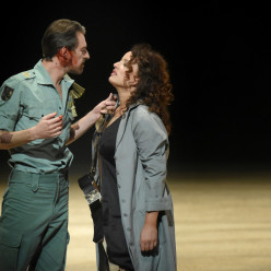 François Lis et Clémentine Margaine - Carmen par Calixto Bieito