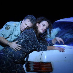 Roberto Alagna et Clémentine Margaine - Carmen par Calixto Bieito