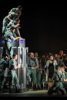 Carmen de Georges Bizet, du 13 Mars 2017 au 16 Juillet 2017, Opéra national de Paris