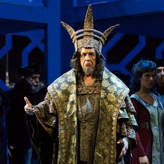 Nabucco de Stefano Mazzonis di Pralafera