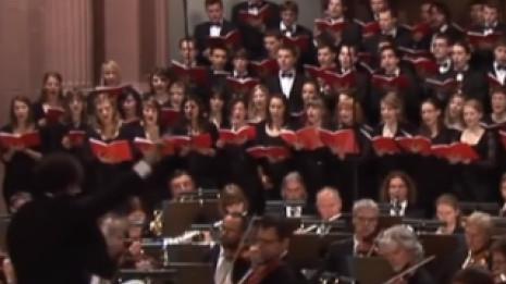 Hodie de Vaughan Williams avec le Monteverdichor de Wüzburg