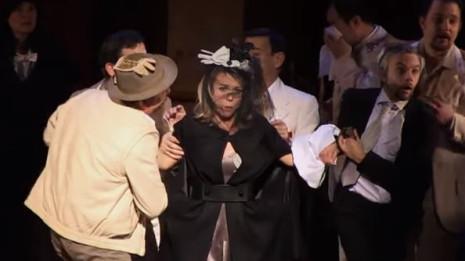 Mélanie Boisvert dans La Vie Parisienne