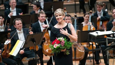 Concert de la Saint-Sylvestre à Berlin avec Sir Simon Rattle et Joyce DiDonato (intégrale)