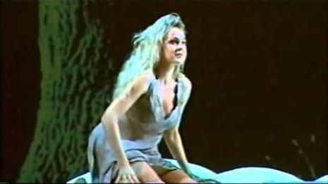 Kristine Opolais dans Eugène Onéguine à l'Opéra national de Lettonie