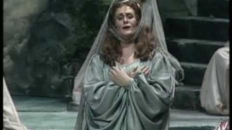 La Casta diva mythique de Joan Sutherland (Norma)