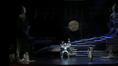 Sergio Jàrlaz chante Turando de Puccini