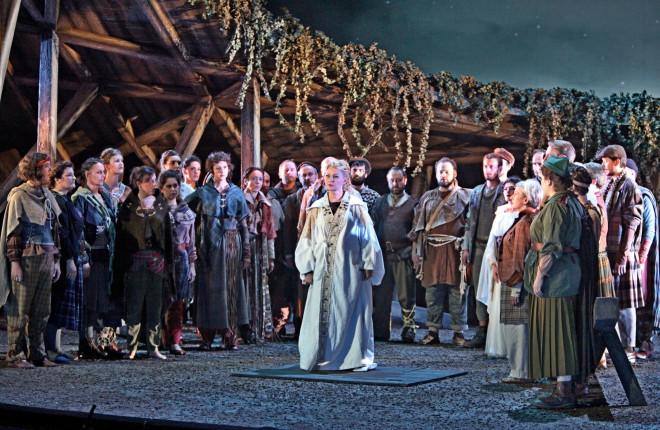 Ruxandra Donose dans Norma de Bellini par Frédéric Roels à Rouen