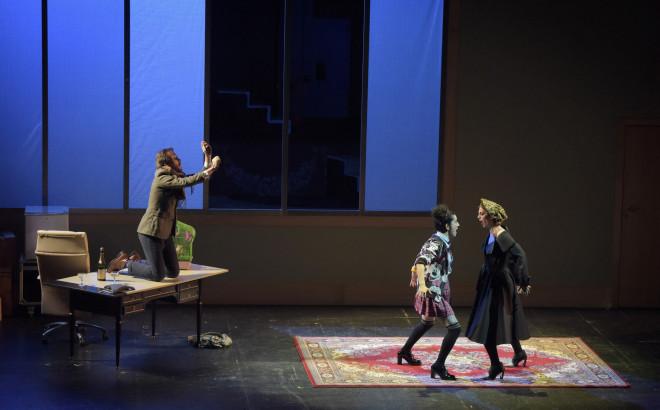 Ronan Debois (Saint-Germain) & Armelle Khourdoïan (Margot) & Anna Reinhold (Adèle, Al Sirbec) - Le Mystère de l'écureuil bleu